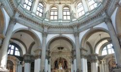 Basilica_santa_maria_della_salute_interno_cupola