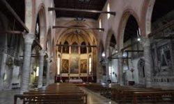 Chiesa_Santa_ Maria_Orto_interno
