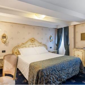 Hotel-Montecarlo