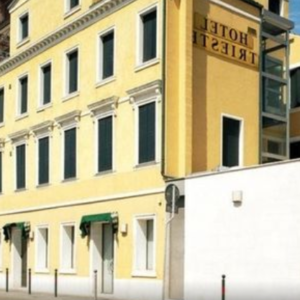 Screenshot_2019-06-20 Hotel Trieste (Venezia, Italia) Expedia it