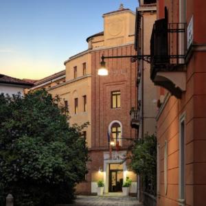 Screenshot_2019-06-28 Hotel Indigo Venice - Sant'Elena (Venezia, Italia) Expedia it