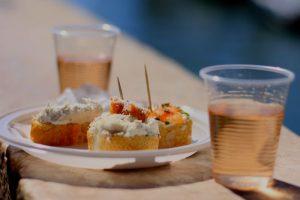 Vino e cicchetti dei bacari a Venezia