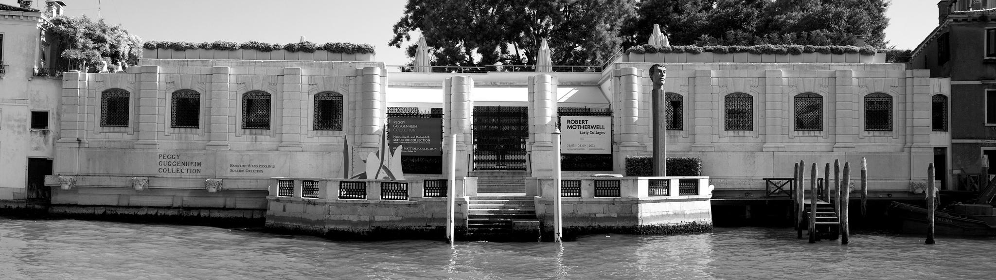 Cosa visitare a Venezia Museo Peggy Guggenheim bianco e nero