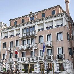 Facciata dell'hotel Palazzo Sant'Angelo