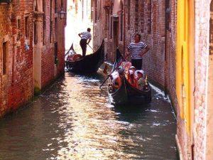 Giretto in gondola a Venezia