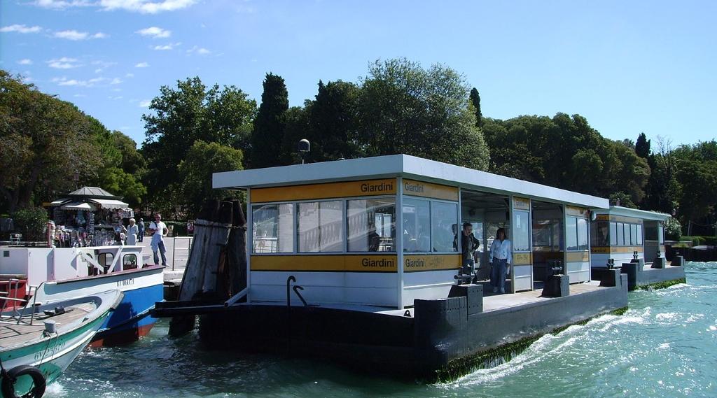 imbarcaderi a venezia traghetto