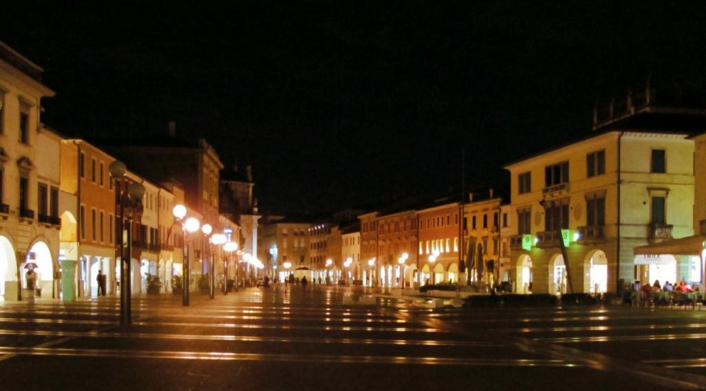 piazza ferretto a mestre venezia