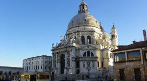 santa maria della salute venezia turismo religioso