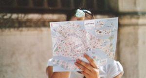 turista-mappa-venezia-podcast