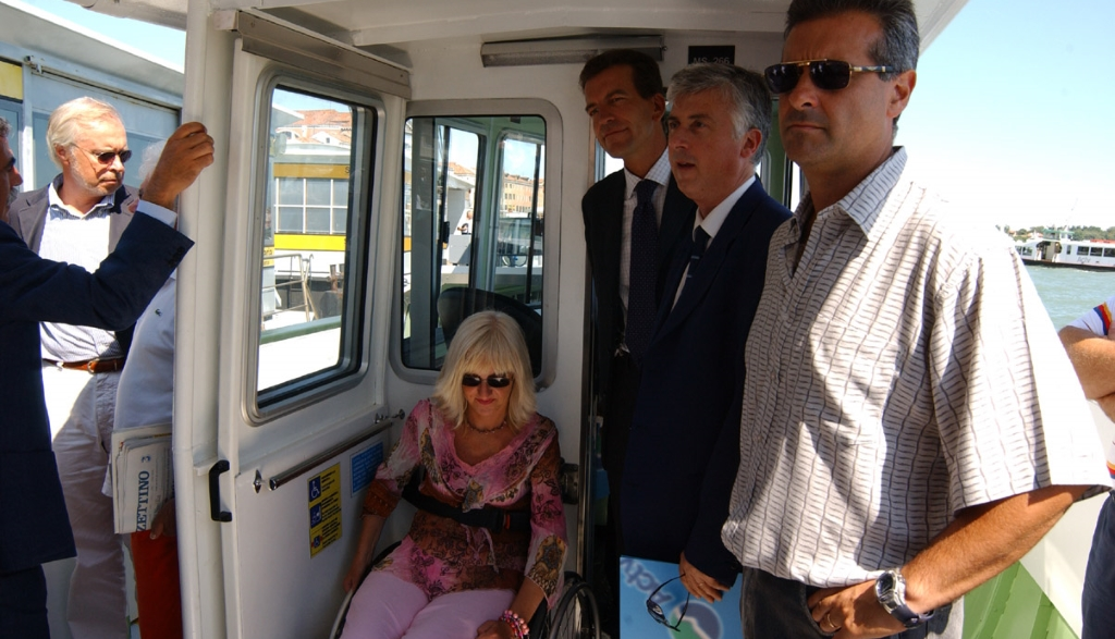 vaporetto accessibile venezia per disabili