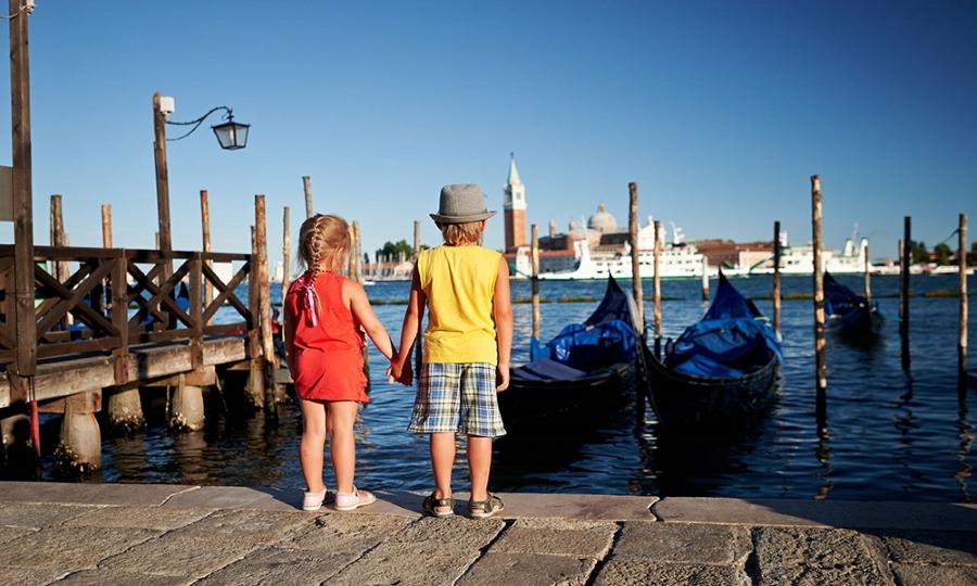 Bambini e laguna di Venezia